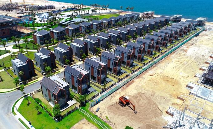 101 căn biệt thự khu biển - phân kỳ The Tropicana sẽ bàn giao vào cuối năm nay. Ảnh thực tế tại công trường tháng 5/2021